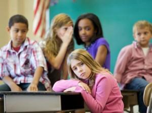 Los niños o niñas víctimas de bulling pueden desarrollar frecuentemente anorexia o bulimia