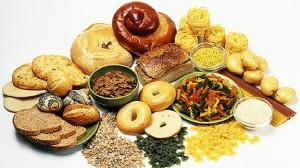 Muchos carbohidratos se presentan en forma de panes, pastas, cereales o alimentos dulces